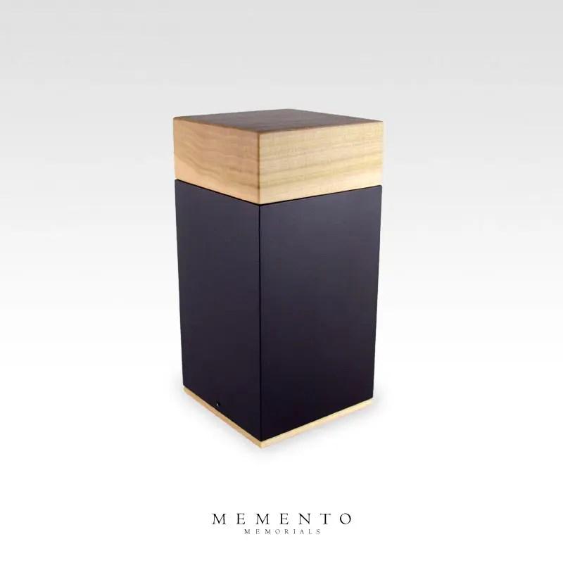 Meta Poplar Midsize Cremation Urn