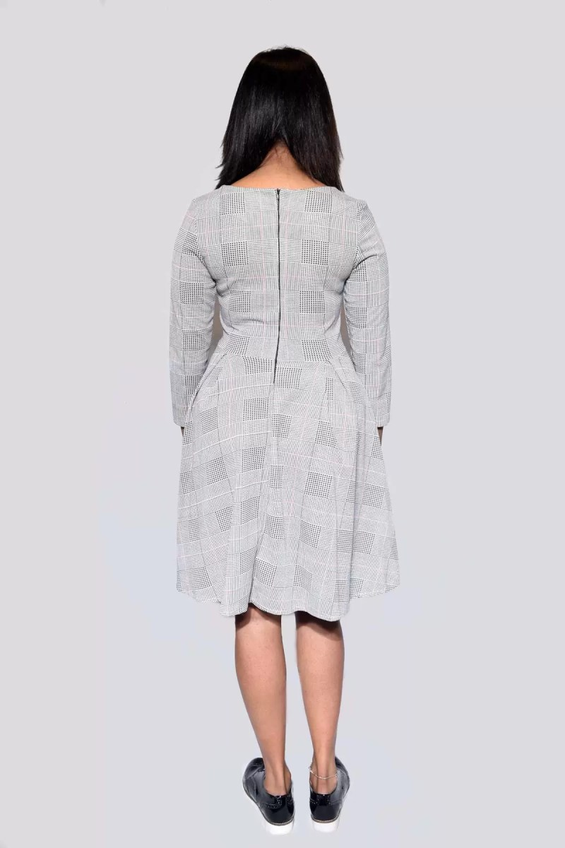 grijs jurk rug