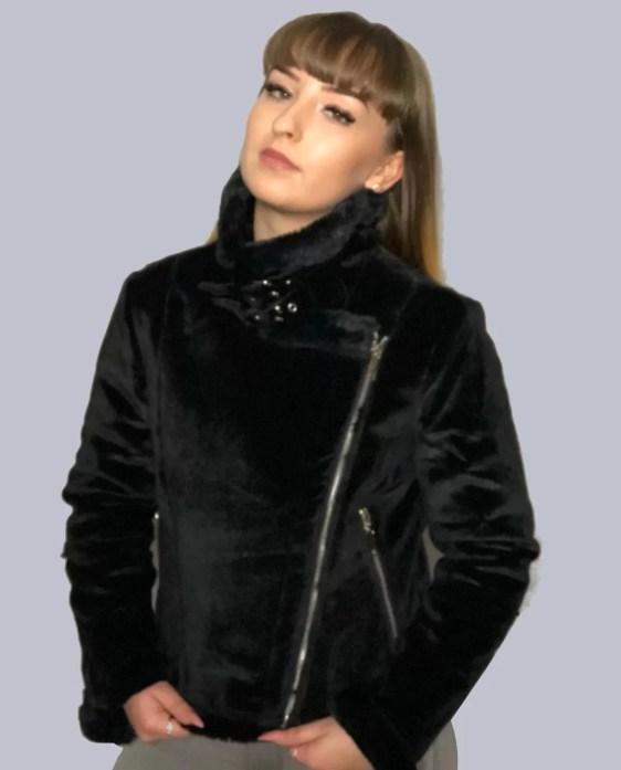 Korte-Velvet-Jacket