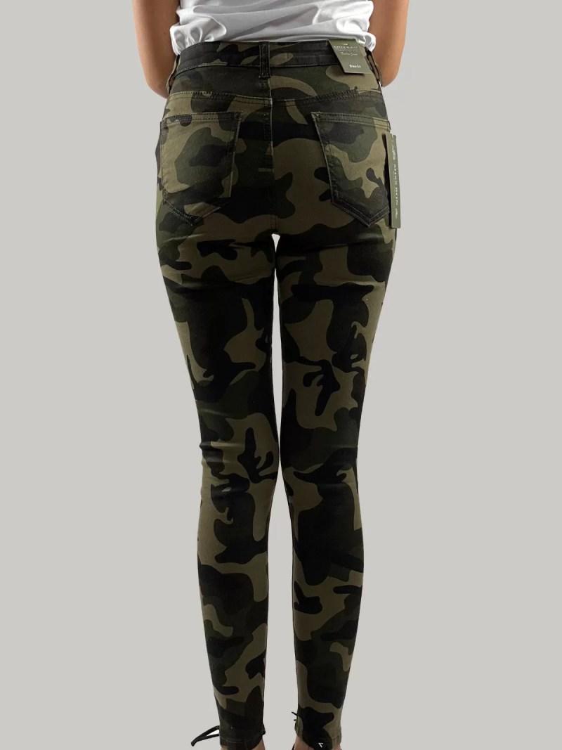 Camouflage Broek terug