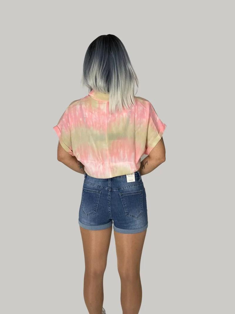 terug-rosé-met-beige-blouse