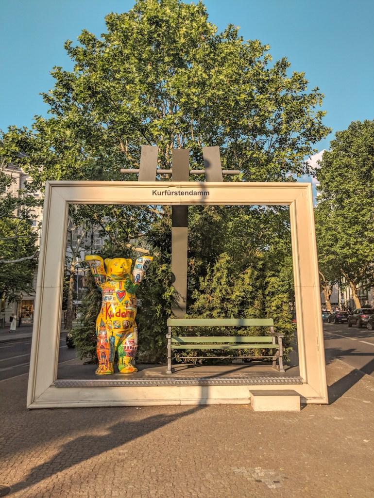 pourquoi-l-ours-est-l-embleme-de-berlin-kufurstendam