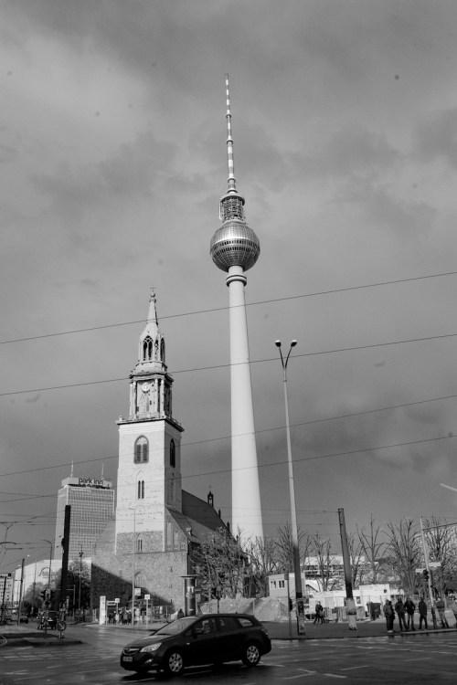 tour-dela-television-alexanderplatz-berlin