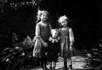 Germaine, Anne-Marie et Jean en 1912