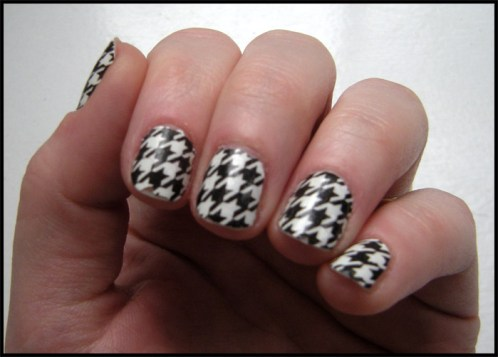 bw_sally_hansen_nail_strips_salon_effects_2