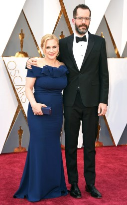 rs_634x1024-160228162406-634.Patricia-Arquette-Eric-White-Academy-Awards-Arrivals-ms.022816
