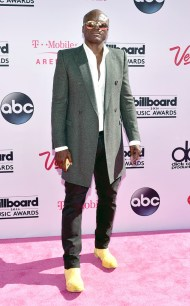 rs_634x1024-160522162322-634.Seal-Billboard-Music-Awards.tt.052216