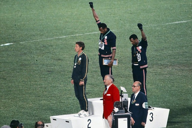 black_power_salute_1968_1050x700.jpg