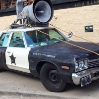 The Bluesmobile - The former patrol car falls apart in Chicago