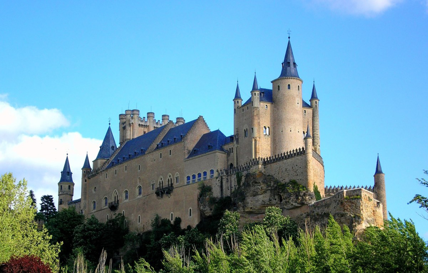 Alcázar of Segovia – The Fortress of the Kings in Segovia