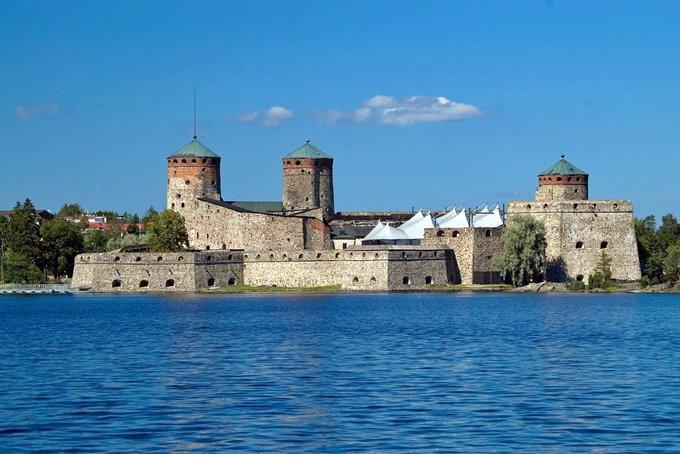 Olavinlinna – The three-tower castle in Savonlinna