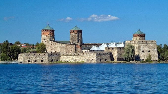 Olavinlinna – The three-tower castle in Savonlinna