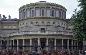 Ard-Mhúsaem na hÉireann Seandálaíocht – The national museum of Ireland archaeology in Dublin