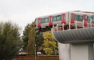 Metrostation De Akkers walvisstaarten – Subway train lands on giant sea creature sculpture in Spijkenisse