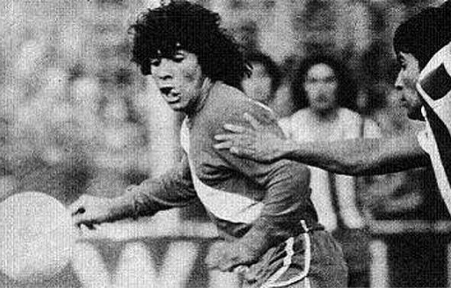 "Diego Maradona – The professional debut of the ""Golden Kid"" in Buenos Aires"