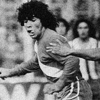 "Diego Maradona - The professional debut of the ""Golden Kid"" in Buenos Aires"