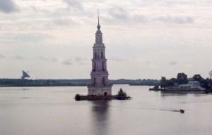 Flooded Belfry – A landmark towering above the water in Kalyazin