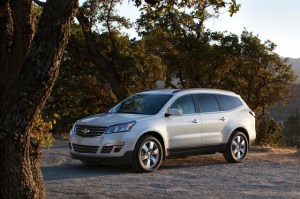 2013-Chevrolet-Traverse-024-medium