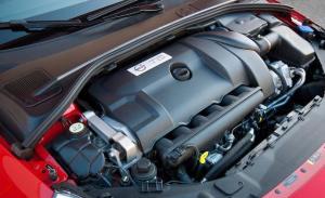 2012-volvo-s60-r-design-30-liter-turbocharged-inline-6-engine-photo-413543-s-1280x782