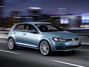 Volkswagen_Golf_7_2013_-02