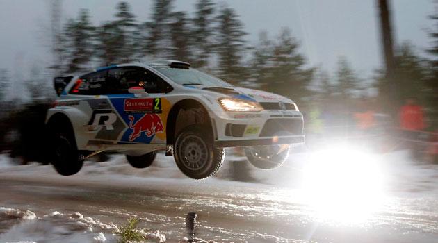 Victoria por partida doble de Volkswagen en Suecia con Latvala y Mikkelsen