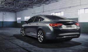 2015-chrysler-200-sedan-new-detroit-auto-show-midsize-awd-v6-inline-four-