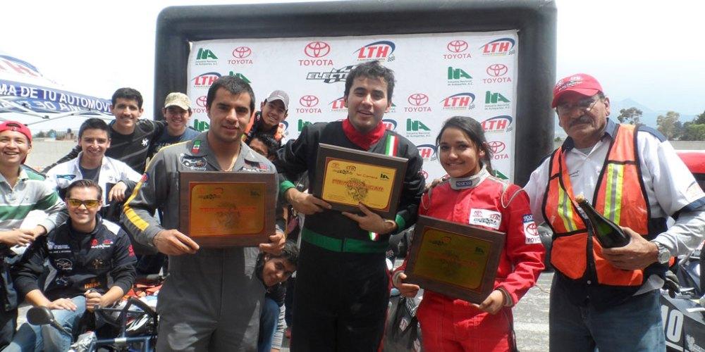 Pedro Osuna, de Puebla, gana la carrera del Toyota Electratón LTH