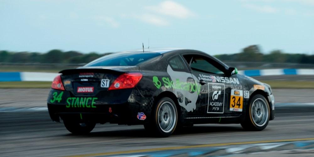 Los ganadores del GT Academy correrán un Altima en el Continental Tire Sportscar Challenge
