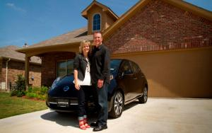 Nissan delivers 50,000th all-electric LEAF in U.S. to Texas family