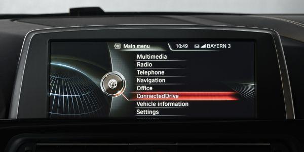 BMW ConnectedDrive revoluciona los servicios de asistencia al conductor en México.