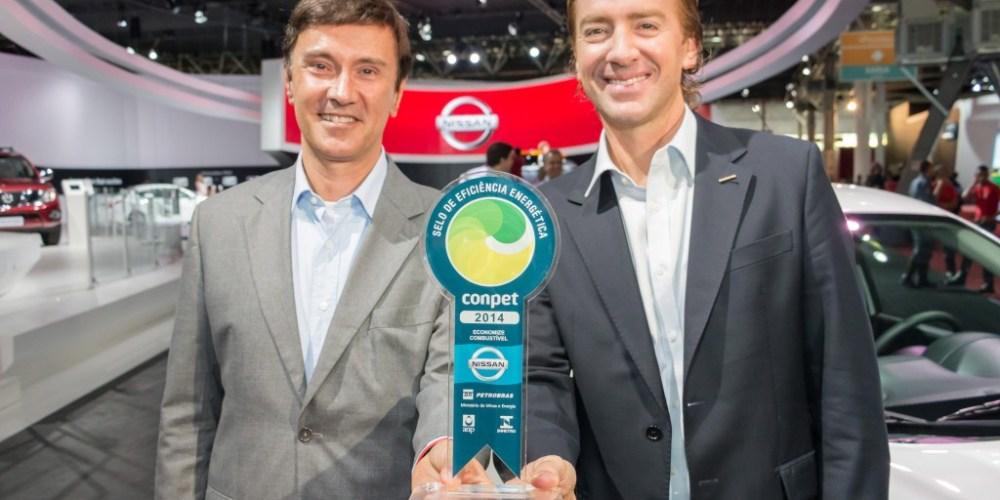 Nissan recibe premio de eficiencia energética en el Salón Internacional del Automóvil de Sao Paulo