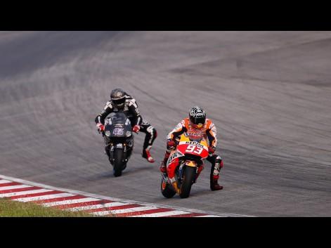 Márquez domina el segundo día del test de MotoGP™ en Sepang