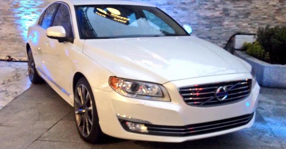 Volvo inaugura Suecia Car Bosques Santa Fe