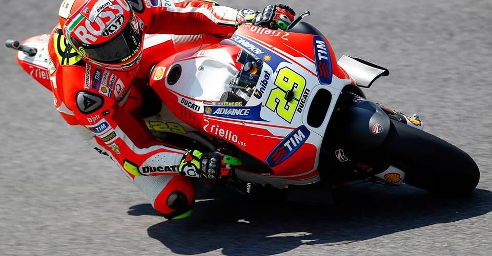 Iannone logra la primera pole de su palmarés en MotoGP