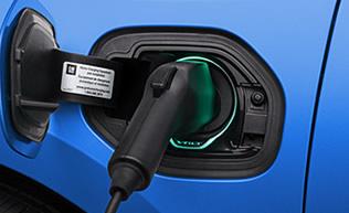 chevrolet-volt-2016-auto-electrico-rango-extendido-erev-recarga-enchufe-contacto-bateria-316x193