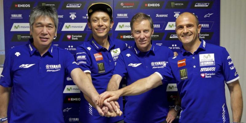 Rossi y Yamaha extienden su contrato dos años más