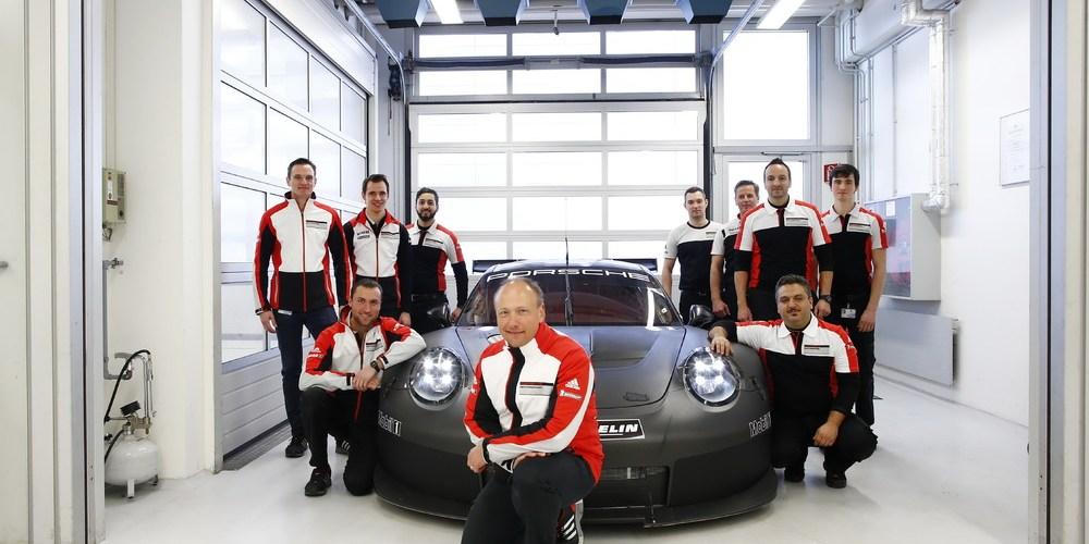 Vendrá un nuevo 911 RSR
