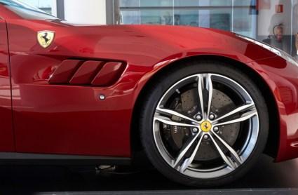 Ferrari GTC4 Lusso 8