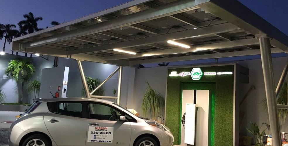 Nissan se alía con ONEXPO y Grupo Garel