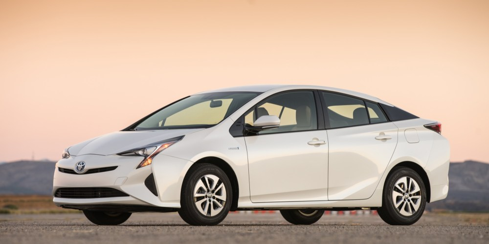 Toyota cierra primer semestre de 2016 con resultados positivos