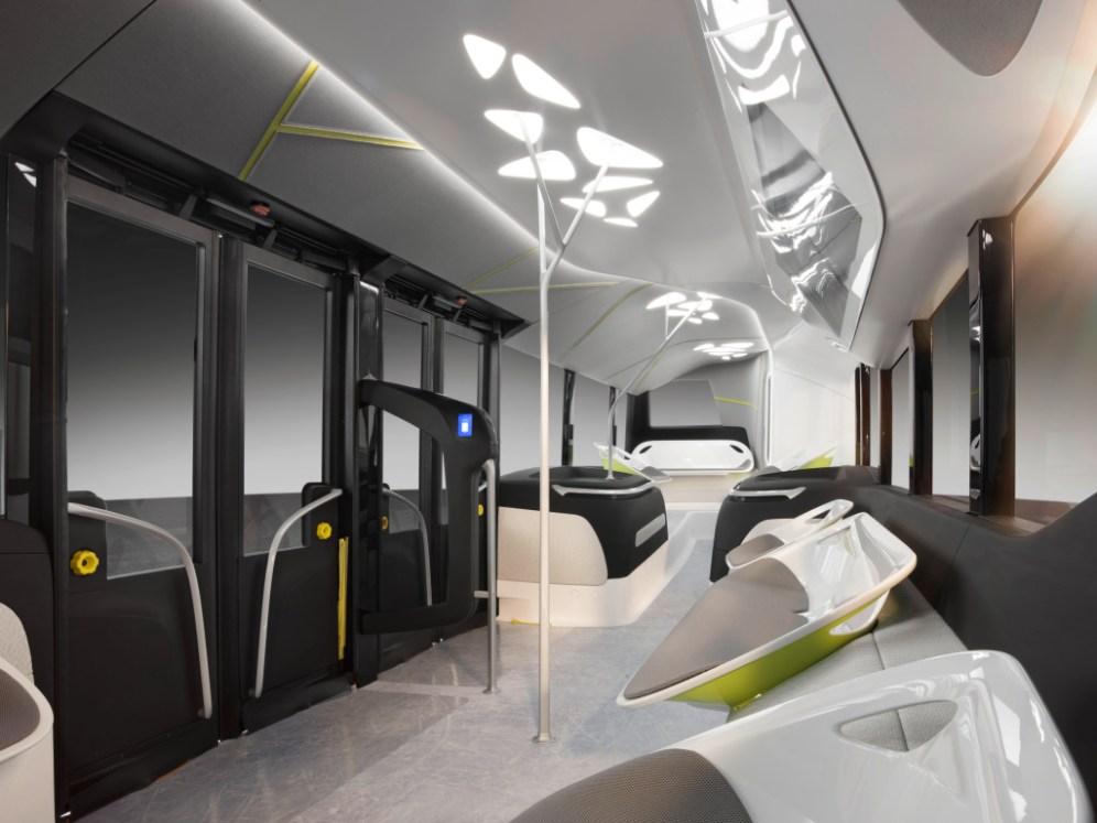 Mercedes-Benz Bus autónomo 3