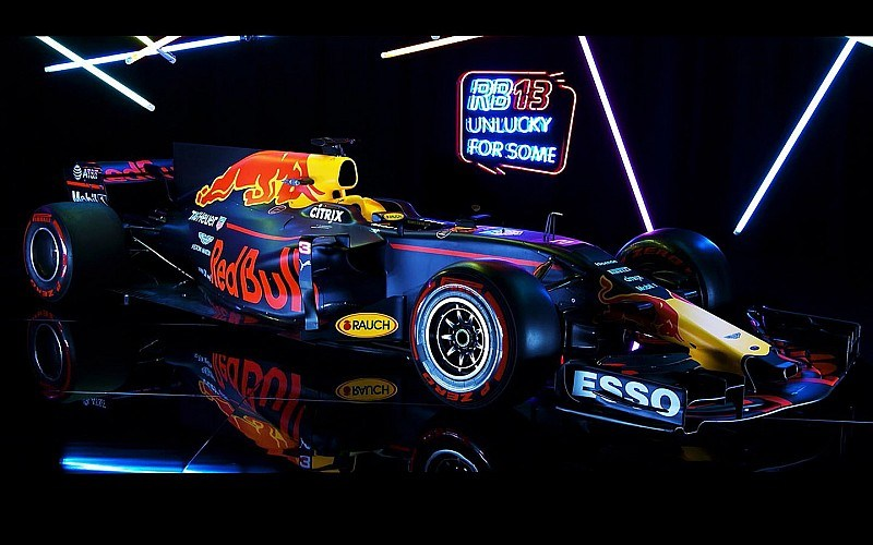 Video: Red Bull y su nuevo RB13, ¿logrará destronar a Mercedes?