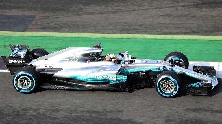 Mercedes presenta su F1 W08: Su objetivo, el 4º título.