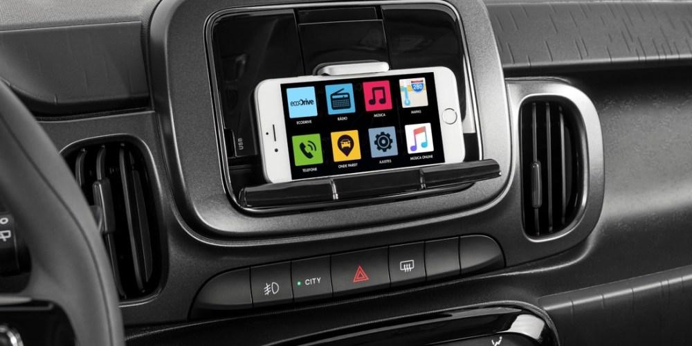 FIAT presenta LIVE ON, nueva tecnología de info-entretenimiento