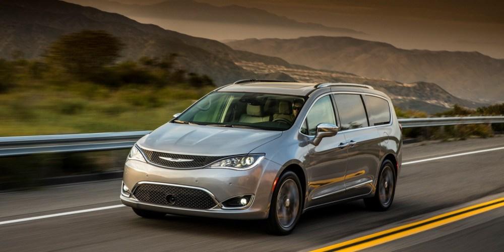 Chrysler Pacifica recibe el premio Altair Enlighten Award por sus logros en reducción de peso
