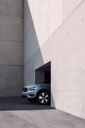 Volvo XC40275
