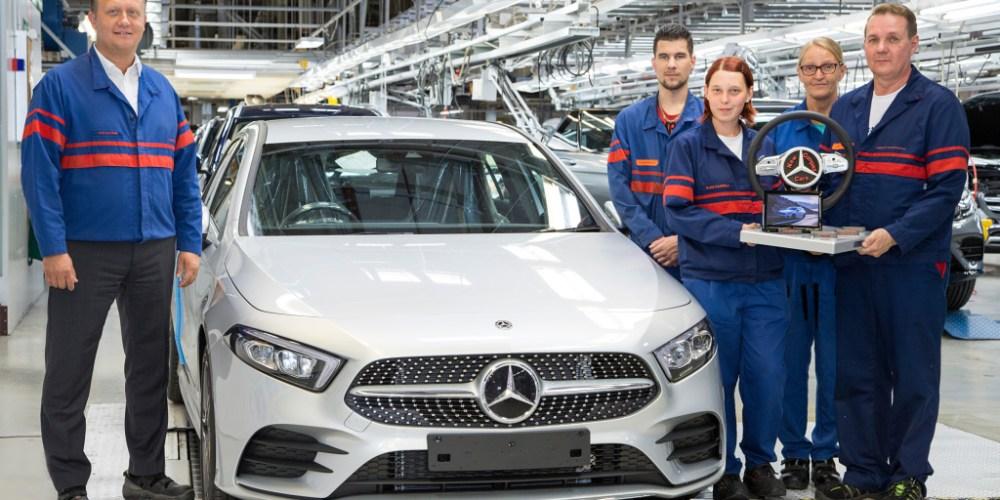 Inicio de la producción de Mercedes-Benz A-Class en Finlandia, la tercera planta en fabricarlo