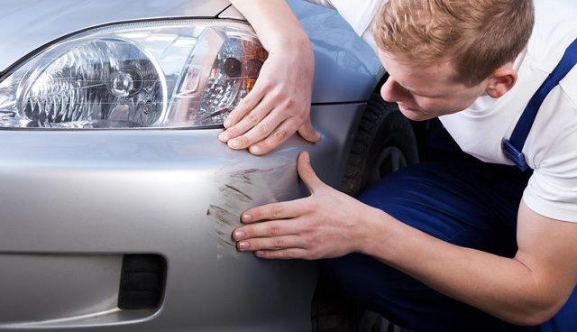 Cómo reparar los rayones de tu auto