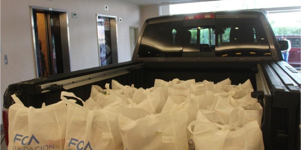 Fundación FCA dona 800 despensas en Coahuila y en el Estado de México
