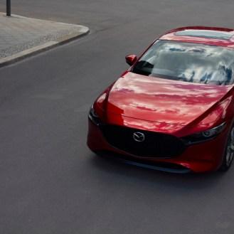 01_Mazda3_5HB_EXT_1